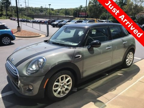 Pre-Owned 2015 MINI Cooper Hardtop 4DR